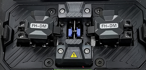 Procedures to replace fiber fusion splicer Electrodes